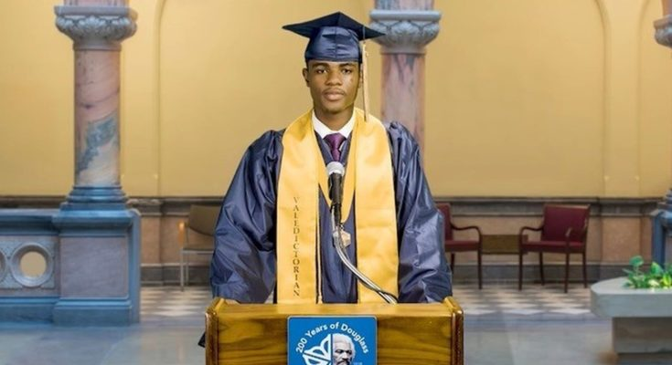 Principal refuses to allow first black valedictorian from giving speech before — then Rochester City Hall intervened