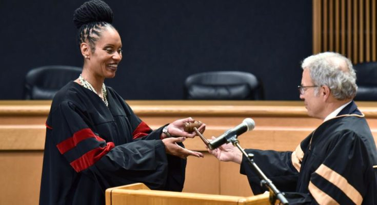 Gwinnett swears in county's first elected black judge