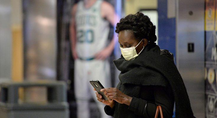 Blacks, Hispanics Hit Harder by the Coronavirus, Early U.S. Data Show